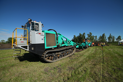 FSP 220 Winch pulling equipment.